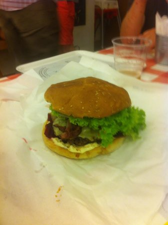 Moaburger: Cheeseburger and Bacon