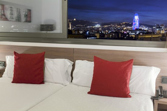 Hotel 4 Barcelona: Superior room view