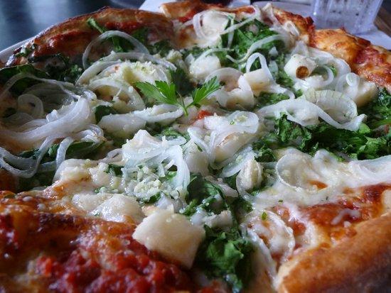 Cafe Pesto Hilo Bay : Cafe Pesto Pizza