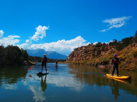 Rocky Mountain Outdoor Center: Intro to Stand Up Paddling