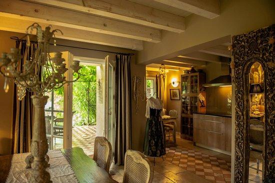 B. Espace Suites : cottage *****