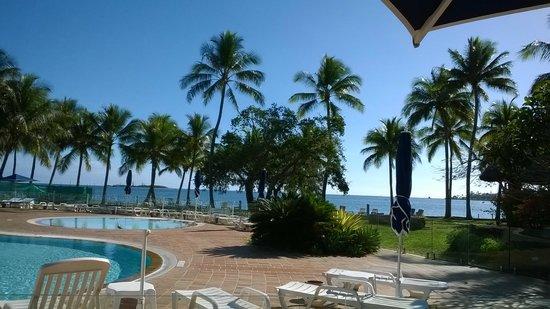 Le Meridien Noumea : Vue de l'hotel vers la mer