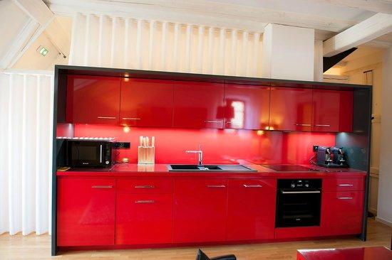 B. Espace Suites : cuisine *****