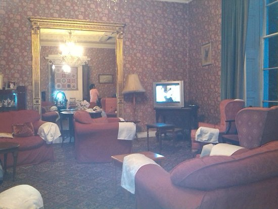 Heaves Country House Hotel: Lovely lounge
