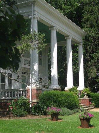 Ruddick-Nugent House: Entrance