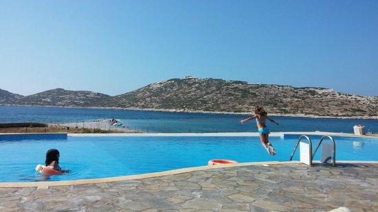 Aquapetra Hotel: Άποψη της πισίνας