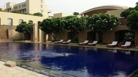 Trident, Gurgaon: Pool area