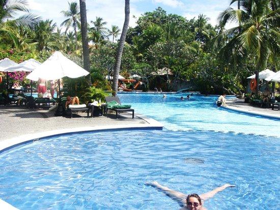 Melia Bali Indonesia: плаваем каждый день