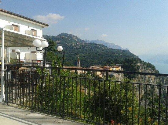 Terrazza Del Brivido Picture Of Hotel Paradiso Tremosine