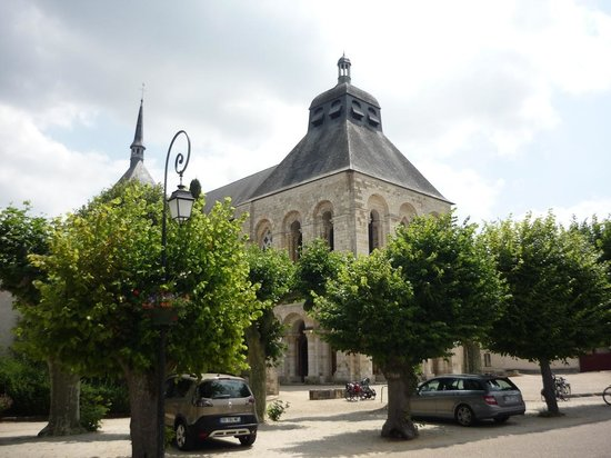 Saint-Benoit-sur-Loire, Francja: Abbaye de Saint Benoit