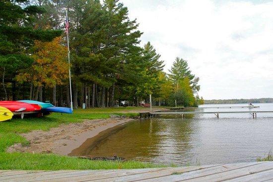 Lynn Ann's Campground: beach