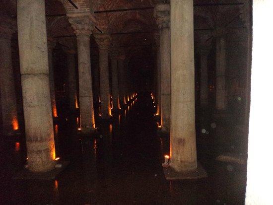 Cisterna Basílica: 3