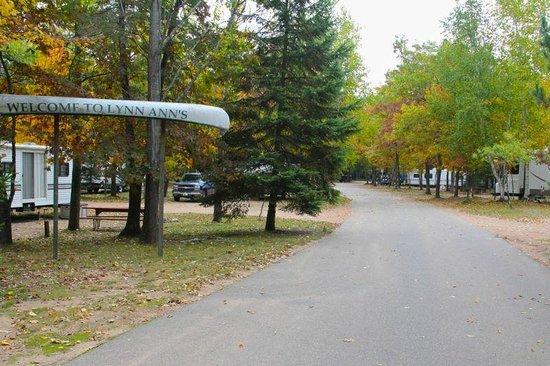 Lynn Ann's Campground: entrance