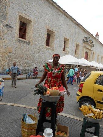 Ciudad amurallada: Vendedora de frutas