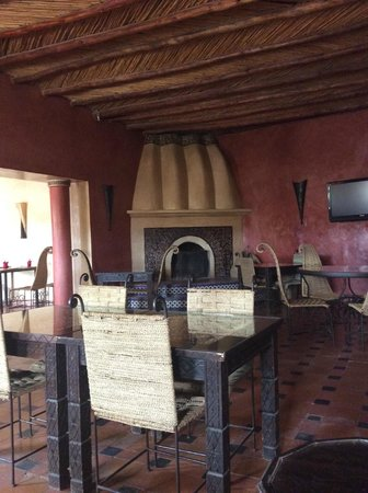 Kasbah Le Mirage: The inside restaurant