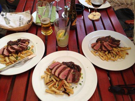 Oliva Restaurant : Kacsa x 3