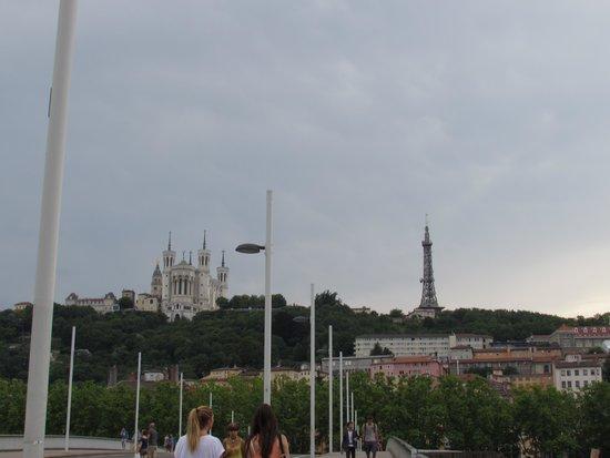 Vieux Lyon : Street scene