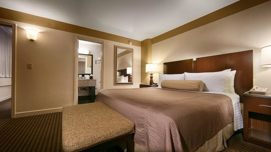 Best Western River North Hotel : King Room