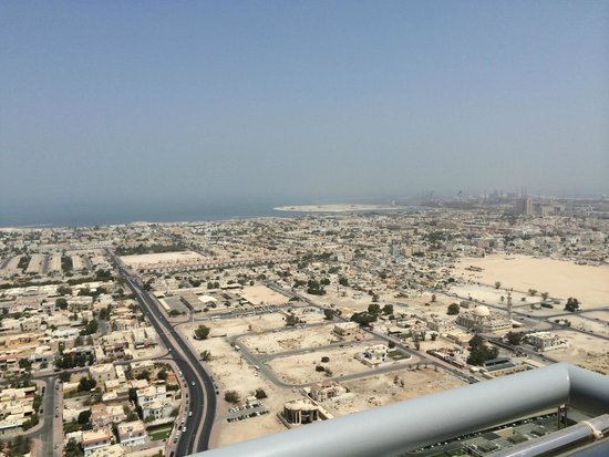 Four Points by Sheraton Sheikh Zayed Road, Dubai : View form roof top