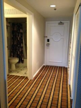 Disney's Yacht Club Resort: Entrance to room