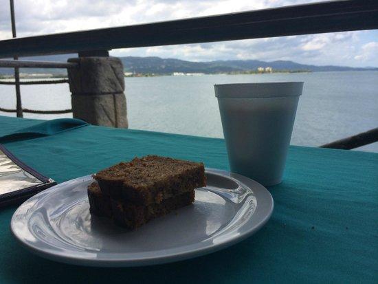 Pier 1 : café com bolo