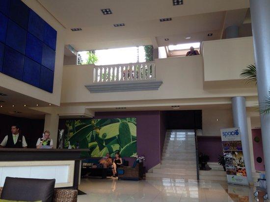 Marylanza Suites & Spa : Reception