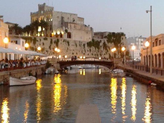 Hotel Apartamentos Princesa Playa: Ciutadella...serale