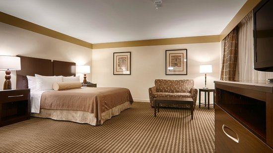 BEST WESTERN River North Hotel: King Suite