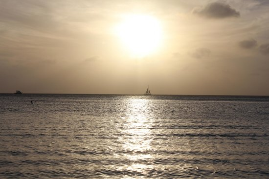 Holiday Inn Resort Aruba - Beach Resort & Casino: Beautiful sunsets every day