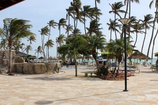Holiday Inn Resort Aruba - Beach Resort & Casino: Main pool