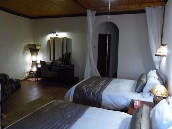 Tarangire Sopa Lodge: room