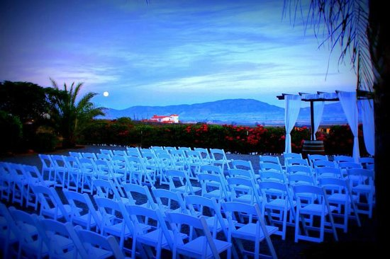 Hacienda Guadalupe Hotel: Our ceremony in front of the hotel