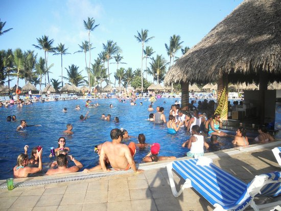 Grand Bahia Principe Punta Cana : Main pool area