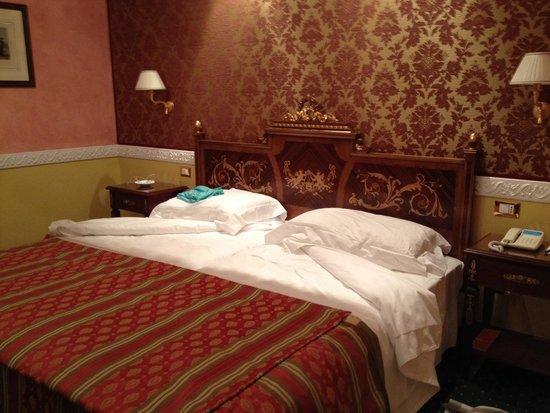 Grand Hotel Des Iles Borromees: Номер на 4 этаже