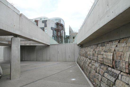 James Christie Photography - Edinburgh Photography Tours Limited: Scottish parliament