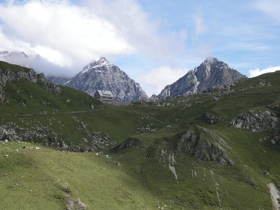 Vaduz Castle: Bergrestaurant Sareis