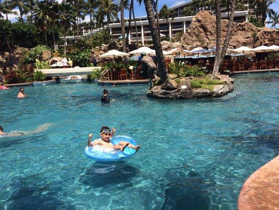 Grand Wailea - A Waldorf Astoria Resort: Max ...relax!!! Kids pool