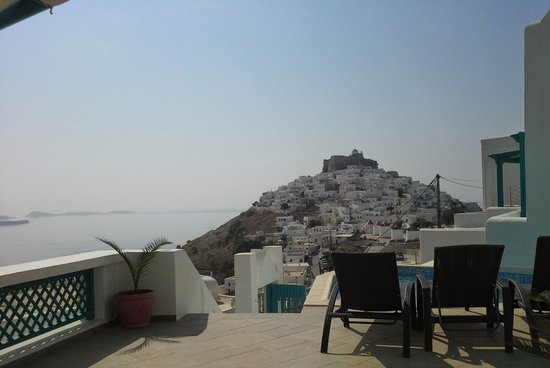Astypalaia Hotel Palace : από τη βεράντα....