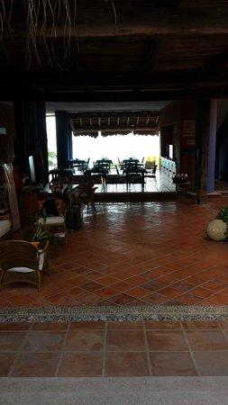 Casa de los Suenos: Entry courtyard view
