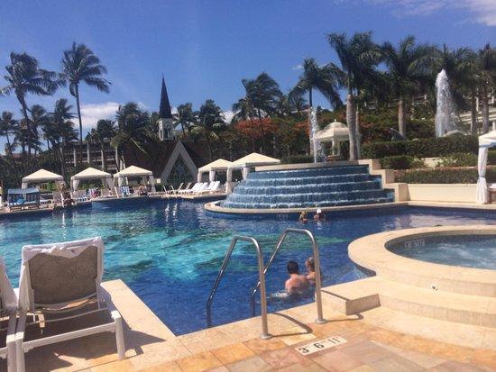 Grand Wailea - A Waldorf Astoria Resort: Adults pool!