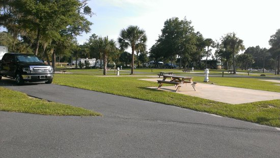 Cedar Key RV Resort : Big site