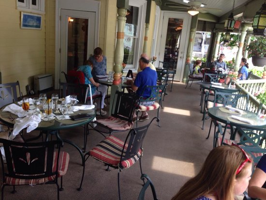 The Buttery : Outside dining