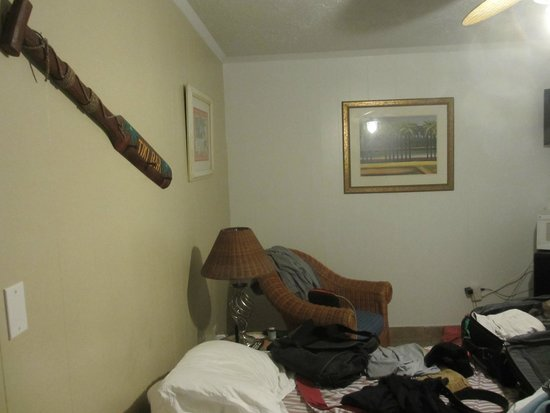 Atlantis Inn: room