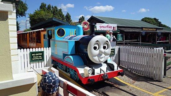 Drusillas Park: thomas the train ride