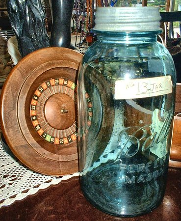 BELL Treasures: Old Jars and Mid century fun