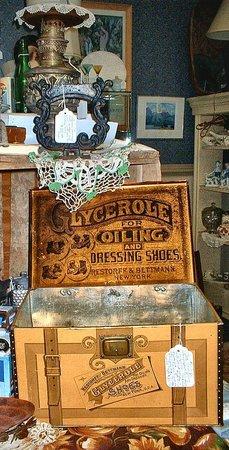 Bedford, VA: Antiques