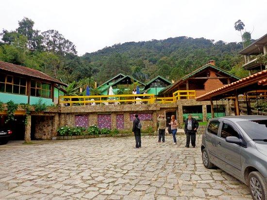 Hotel da Inês : Area externa em frente a entrada do hotel