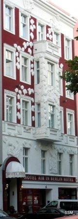 Hotel Air in Berlin : Fachada del hotel
