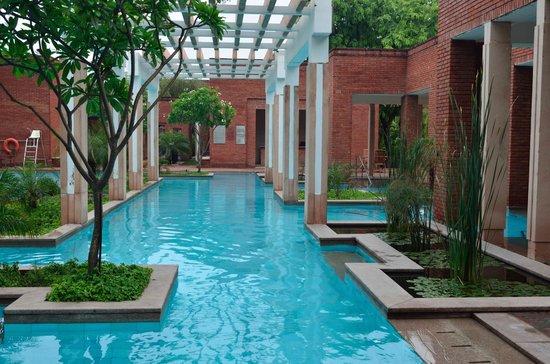 ITC Mughal, Agra: The Pool