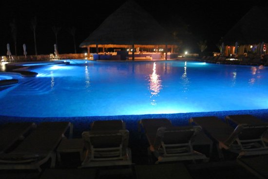 Hard Rock Hotel Riviera Maya: Night view--pools at Heaven
